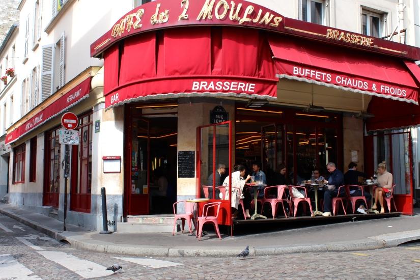 MARVELS of MONTMARTRE: Amélie, Dalí & Artist'sSquare
